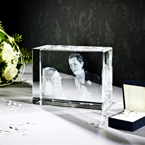 Cube 3D TERRA H en verre Viamant personnalisable